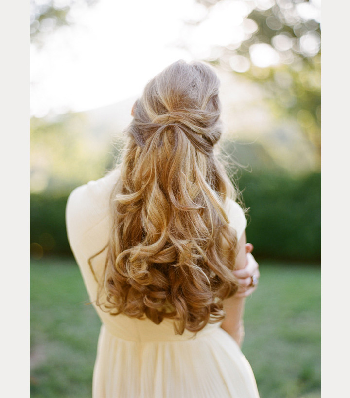 Crisscross Wedding Hair So Cool You'll Want To Copy ~ we ♥ this! moncheribridals.com