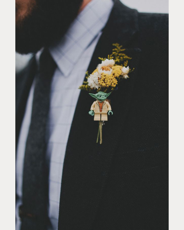 30 Ways to Get Your Star Wars ( Wedding) On! ~ we ❤ this! moncheribridals.com