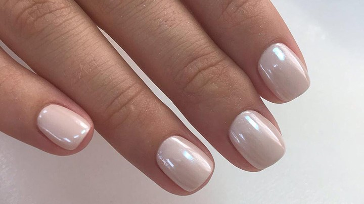 The 35 Prettiest Wedding Nail Colors
