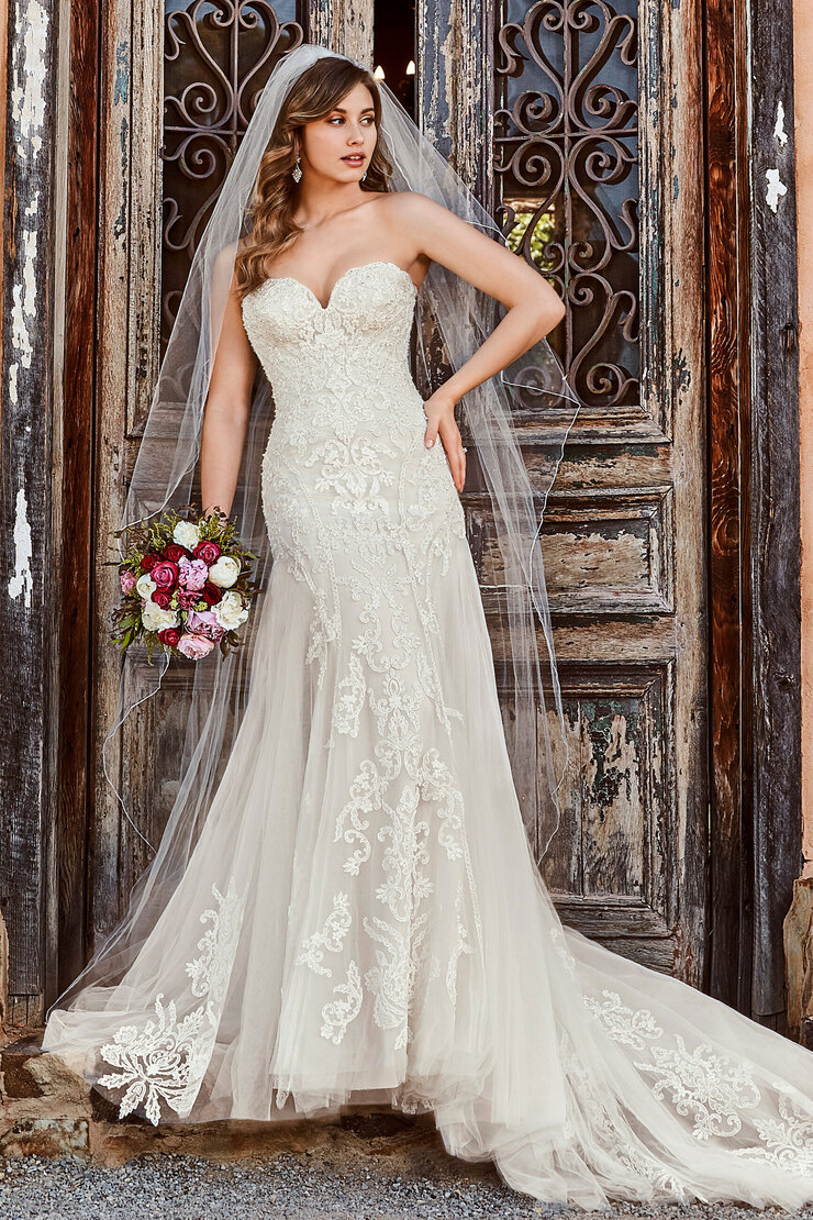 Classic Trumpet Wedding Gown with Lace Deanna